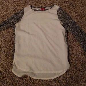 Womens small daytrip shirt